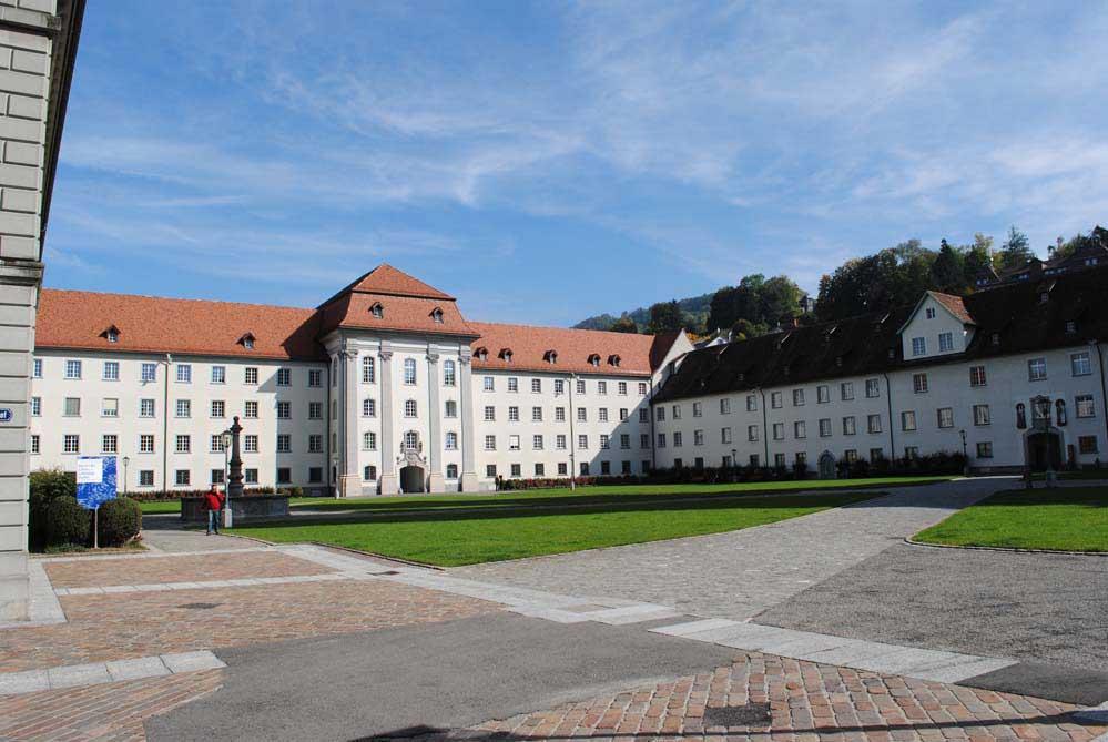 """Stiftsbezirk mit Blick auf die """"Neue Pfalz"""""""