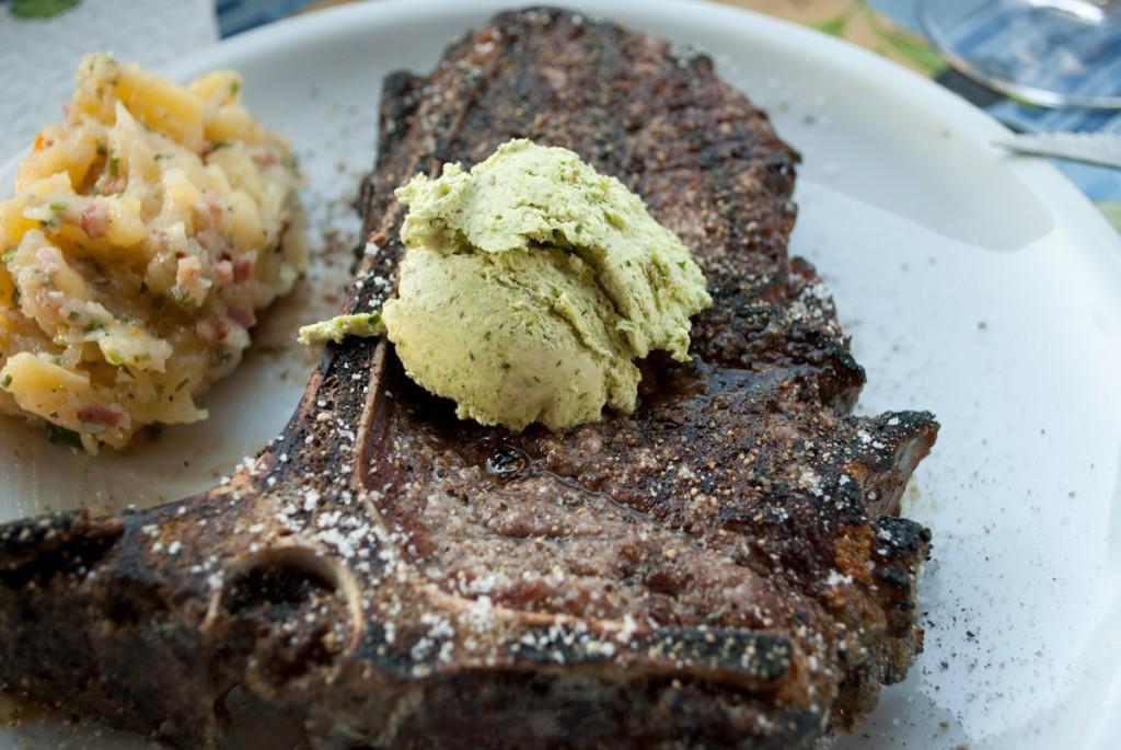 T-Bone-Steak vom Charolais, sieben Wochen gereift und von mir gegrillt.